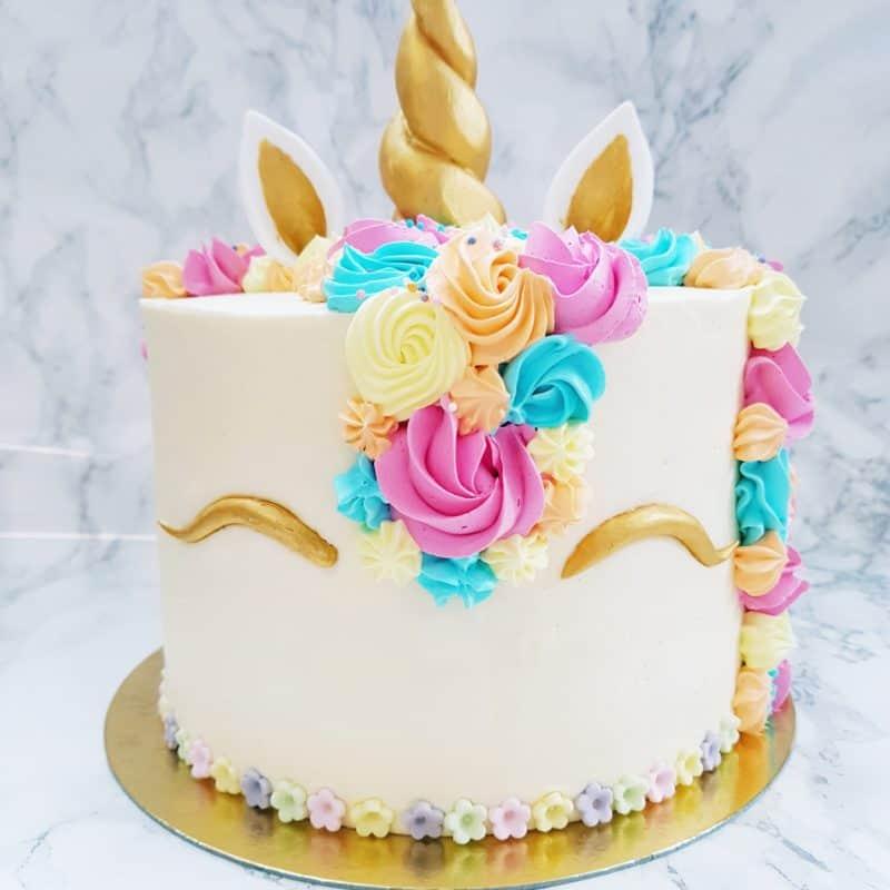 Cupcake Unicorn Cake Delight